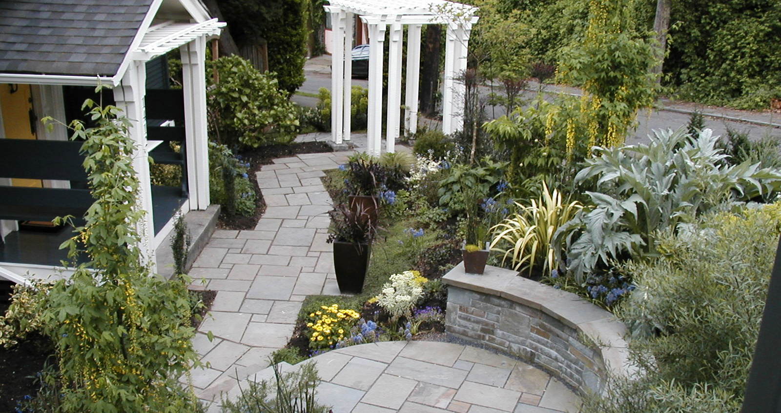 The beauty of the Arts-and-Crafts Garden